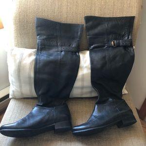 Jessica Simpson leather black boots